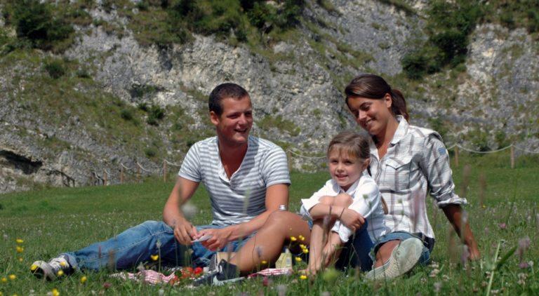 Famiglia in vacanza sulla Valsugana